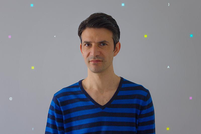 Philippe_Safire_Bio_Portrait